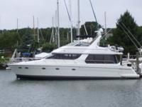 Description 2000 53' Carver Voyager -- Immaculate
