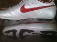 Nike Soccer Shoes - Men Size 11 1/2. Brand New - Never