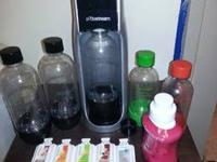The SodaStream itself is in perfect condition. I