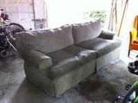 Olum's Sofa: Brown/Gray, 3 years old, excellent