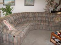 Sofa, 2 pc sectional with end recliners in good