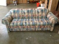 Great sofa and loveseat in awesome condition! Really
