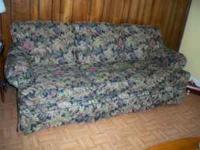 MOVING SELLING BROYHILL SOFA 95 CALL  Location: SOUTH
