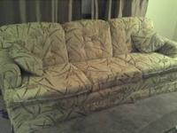 A nice 3 person sofa, it is in good condition and