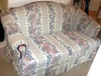 Couch Clean Sofa Loveseat Love Seat in good condition.