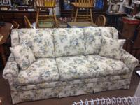 Like New Sofa Sleeper queen Size with a innerspring