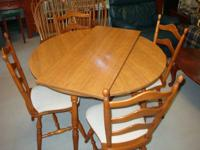 Solid Hard Rock Maple 5 Piece Dining Set. Cute Cottage