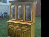 This is a very nice Solid Maple Hutch made by Temple