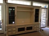 Solid oak wood with leaded glass doors for media and