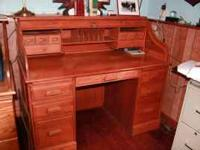 Beautiful Oak Roll top desk in great condition. Must
