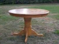 Solid Oak Round Kitchen Table with 4 solid oak chairs
