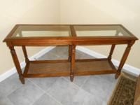 SOLID PECAN WOOD SOFA TABLE W / BEVELED GLASS TOPm.