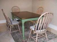 SOLID OAK WOOD DINING TABLE 3X5 & 4 Solid Wood CHAIRS