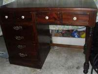 Very nice solid wood Desk by Ethan Allen Has 2 dove