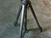 Solidex tripod - - 3 section legs with 2-way