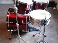 this sonar drum kit is full with hi hat stand cymbal