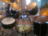 Complete size Sonor 5 piece drumset with zildjen crash,