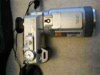 Sony DSC-F717 camera with original box and all papers
