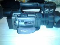 This is a Sony DSR pd-170.  I have had absolutely no