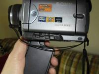 Sony Handycam DCR-IP55 Works fine... has everything