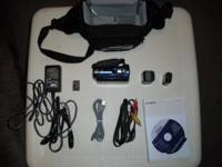 Selling Sony Handycam 8gb DCR-SX41 Carl Zeiss Blue