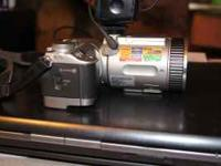 Sony camera model#dsc-f 707 is in like new condition.