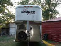 2000 SOONER 4 horse trailer for sale. New tires, great