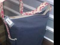 I have a beautiful, modern and Casual Diaper bag for