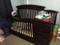 Sorelle Verona Convertible 4-in-1 Crib & Changer in