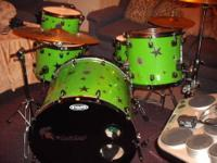 I have a 5 piece Spartan Custom Drumset forsale. DRUMS: