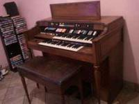 Special Edition Model 8124 Hammon Organ, everything