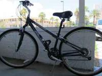 Ladies bike. Size small. Charcoal color. In excellent