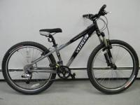 "Specialized Hardrock Sport 13"" Frame 26"" . 24 speed,"
