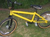 Specilized Free Style BMX Bike has 3 piece crank free