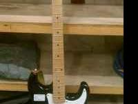 Spencer electric guitar good condition please call