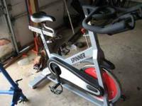 SPINNER BIKE GYM QUALITY from star trac spinner elite