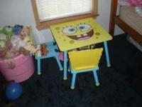 Selling a Spongebob table with 2 chairs and a matching