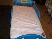 FOR SALE IS A SPONGEBOB TODDLER BED.WITH THE MATTRESS