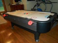 Hardly utilized 84 inch turbo powered air hockey table