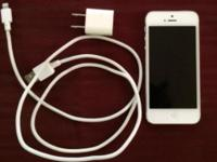 Marketing a white 16GB Sprint iPhone 5. It is in