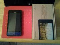 Selling my brand name new HTC 8XT Windows phone running