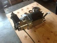 SPUTHE 5 SPEED TRANSMISSION IN A 4 SPEED CASE 100