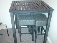 Square counter/bar height metal table and 4 bar stools