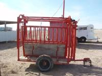 Portable Squeeze Chute for Live Stock, in great