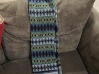 Very nice St Johns Bay knit scarf in great condition.
