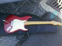Guitar and amp in excellent condition, played only 4 or