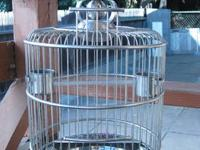 A beautifully designed cage for 1-2 small bird(s)
