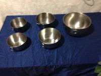 Huge bowl, 2 middle size, 2 little stainless steel