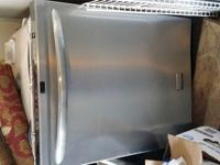 Selling a Frigidaire Dishwasher stainless steel, in