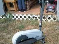 Lower end elliptical in good condition. Light weight
